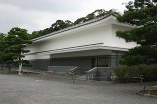 Nijo-jo Castle Painting Gallery